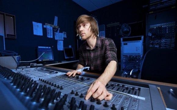 5 Simple Tools to Edit Audio